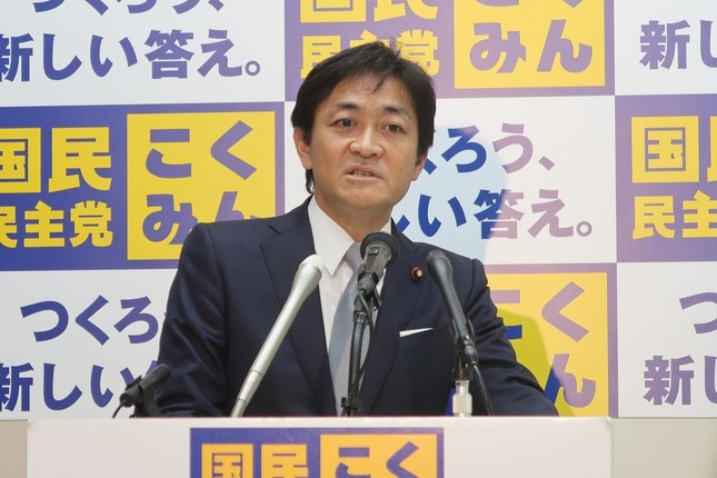 定例会見に臨む国民民主党の玉木雄一郎代表