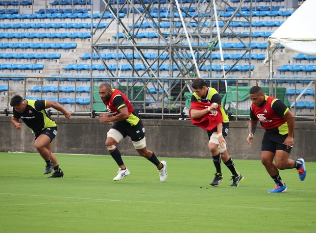 順調な仕上がりを見せるリーチ マイケル主将(左から2人目)ほか日本代表選手たち(2019年9月2日撮影)