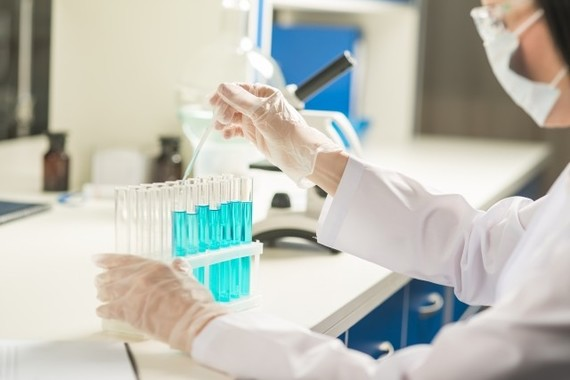 新薬開発、今後の行方は?(イメージ)