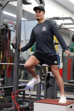 「僕、トレーニングしなくても走れるんで」 大腿筋の発達がすごい田村選手