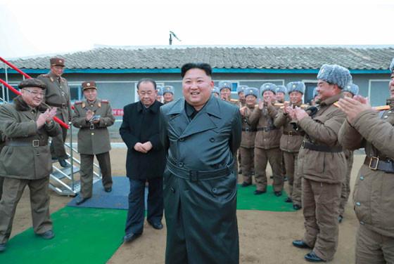 発射に立ち会った金正恩氏は「大満足の意」を示したという(写真は労働新聞ウェブサイトから)