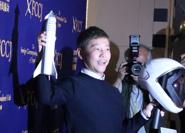ZOZOを去ってからも注目を受け続ける前澤氏