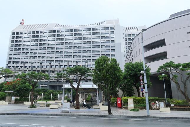解任劇が起きた財団法人では、沖縄県が4割を出資。県から出向している役員が解任動議を出した(写真は沖縄県庁)