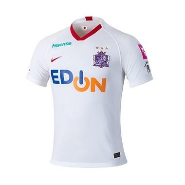 サンフレッチェ広島の新しいアウェーユニフォームシャツ