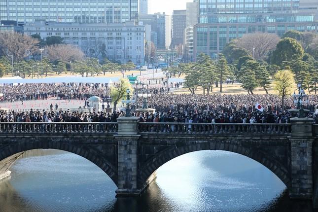新年一般参賀には6万8710人(速報値)が足を運んだ