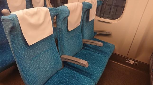 新幹線でダウンしていたところ…(イメージ)