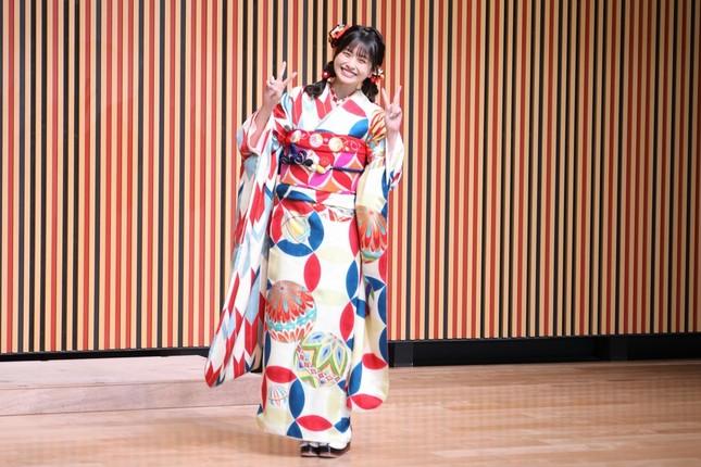 HKT48の松岡はなさん。指原莉乃さんは「はなから七五三の写真が届いた」とツイートした