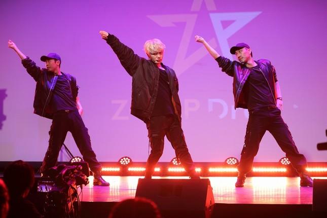 世界デビューを決めた本田太一さん。かつてはK-POPグループのメンバーとして活躍していた