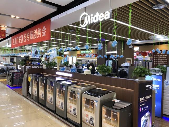 北京市内の家電売り場では、春節が始まる前から客が消えた