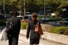 「日本型雇用システム」の見直しも大きな論点に(写真はイメージ)