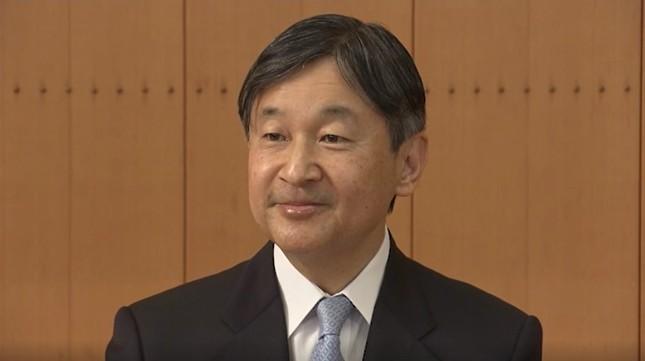 60歳を迎え、誕生日にあたっての記者会見に臨んだ天皇陛下(宮内庁提供動画より)