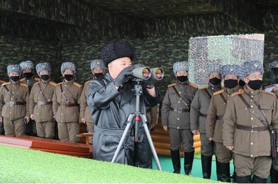 2月29日配信の写真でも同様だ。2月28日に行われた「人民軍部隊の合同打撃訓練」の様子だ
