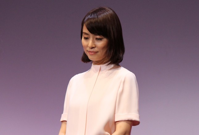 石田ゆり子さん。メディアの情報発信に思いをつづる