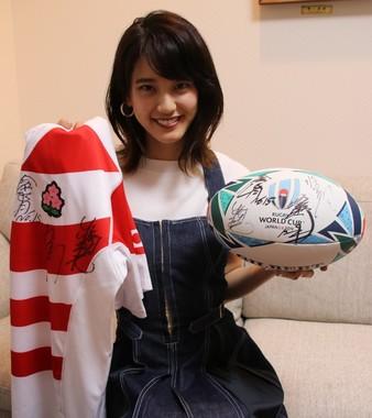 J-CASTニュースの取材当時の山崎紘菜さん。ラグビーへの思い入れを熱く語ってくれていた
