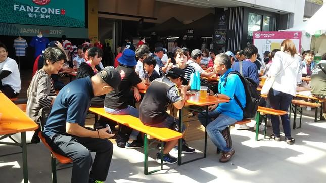 W杯期間中、ファンゾーンは多くの人でにぎわった(写真提供:釜石市)