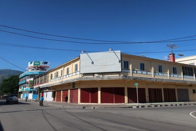 東ティモールの首都、ディリでは商店の8割が休業し、閑散としている(写真は浦善孝神父提供、3月31日撮影)