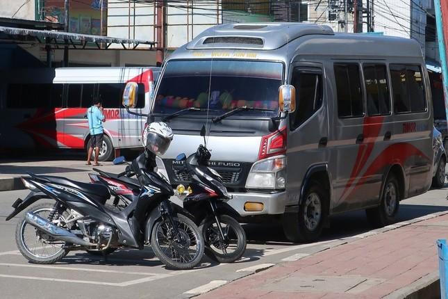 バスの運行も禁止され、運休が続いている(写真は浦善孝神父提供、3月31日撮影)