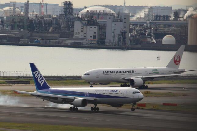 航空業界の動向に注目が集まる(2014年撮影)