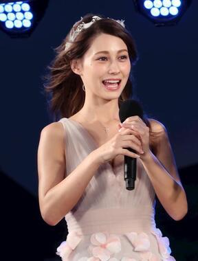 <p>モデルでタレントのダレノガレ明美さんが、美容情報を発信するインスタグラムアカウントを開設したことを明かした。</p>