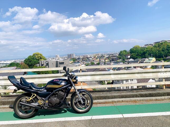 男性が乗っているバイク(写真提供「悪魔のz乗りジョルノ」さん)