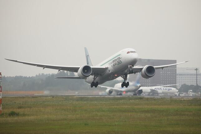 当面は成田-バンコクを貨物専用便として週4往復する予定だ