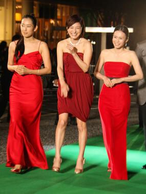 木村多江さん(2009年、東京国際映画祭に登場した際。広末涼子さん、中谷美紀さんと)