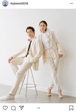 結婚した瀬戸康史さんと山本美月さん(画像は瀬戸康史さんの公式インスタグラムより)