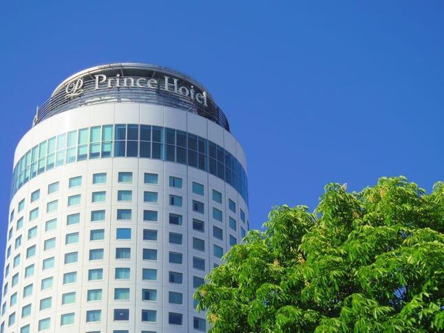私鉄最大の赤字を計上した西武ホールディングスは、ホテル・レジャー事業の収益が大幅減となった(写真は札幌プリンスホテル)