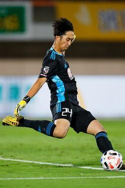 完成度の高さに山野氏が舌を巻いた、仙台の18歳GK小畑裕馬。再開後のJ1リーグ5試合に先発(写真:森田直樹/アフロスポーツ)