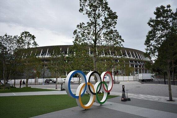 2021年東京オリンピックの会場として使用される予定の新国立競技場(Wikimedia Commonsから/江戸村のとくぞう氏撮影)