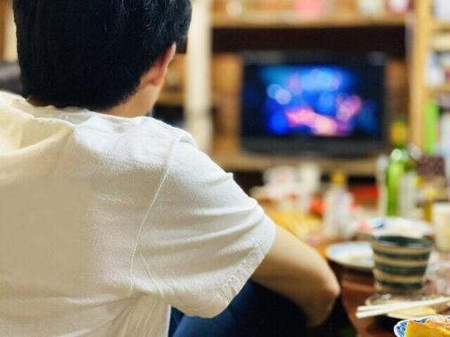 「お茶の間にテレビ」の時代が変わる?