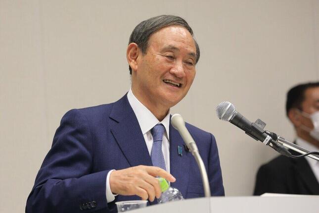 首相に就任した菅義偉氏。所得ではあの上位「常連」の大臣たちを超えるか