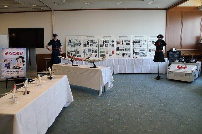 会場には歴代のモデルプレーンが展示されている。手作り感あふれる展示物も多い