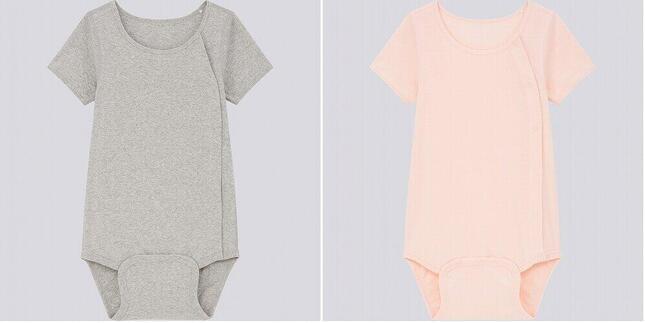ユニクロのキッズ用「コットン前あきクルーネックボディスーツ(半袖)」。カラーはグレー(左)、ピンク(右)と、ホワイト、ネイビーの4色。サイズは110~160の6種。税抜き990円