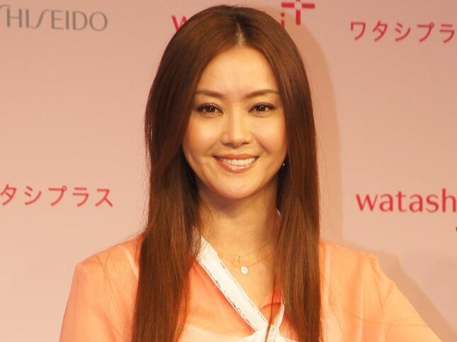 観月ありささん(2012年5月撮影)