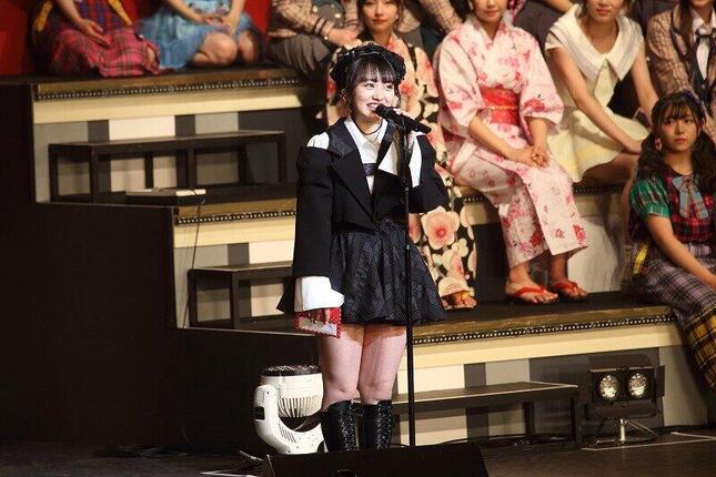 2019年1月にコンサート総監督に決意を述べ向井地美音さん