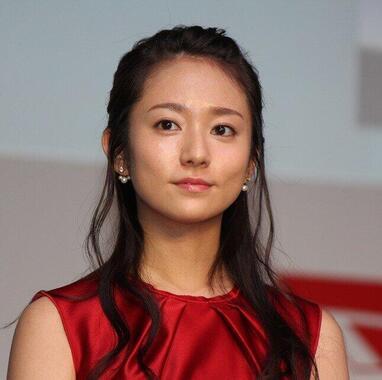 木村文乃さん(2015年撮影)が「秘書」として活躍。