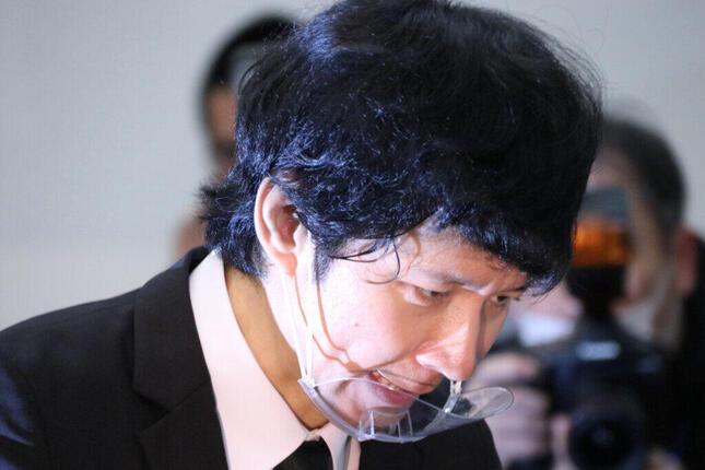 3日に記者会見を開いた渡部建さん