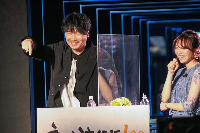 声優の小西克幸さんとフリーアナウンサーの森遥香さん