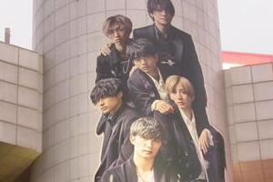 SixTONESの渋谷ジャックがファンに「エモい」理由 ジャニーさんに「再結成」直談判した聖地