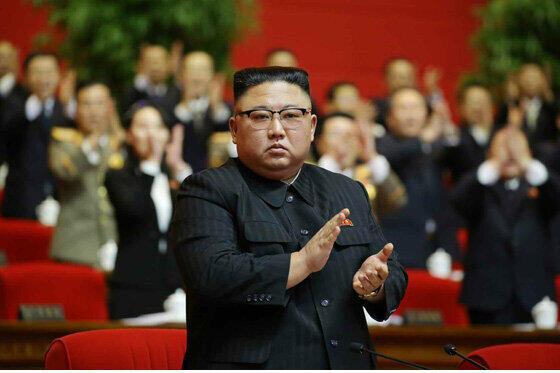 北朝鮮の朝鮮労働党が5年ぶりに開いた党大会で、金正恩委員長が「総書記」を名乗ることが決まった。かつては祖父の金日成氏や父の金正日氏が名乗っていた肩書きだ(写真は労働新聞ウェブサイトから)