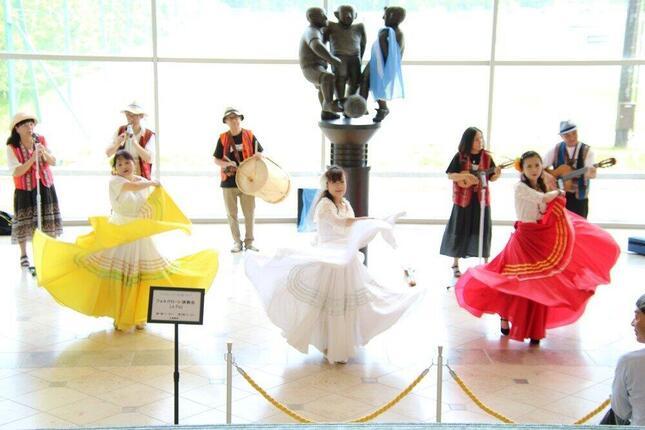 40年を超えるアルゼンチンと福島県川俣町の絆 フォルクローレを演奏する「ラパス」(Jヴィレッジで)