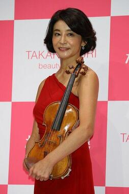 高嶋ちさ子さん(写真:Pasya/アフロ)が「夢は実現したけど…」と、20歳の頃の思い出を披露。