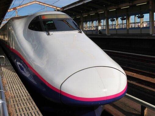 JR東は東北新幹線を使って新鮮な魚介類を運んでいる(写真はイメージ)
