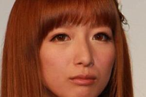 辻希美「お洒落風だけど...ここは日本だし」 コインランドリーの「英語」に困惑「わかりやすくして」