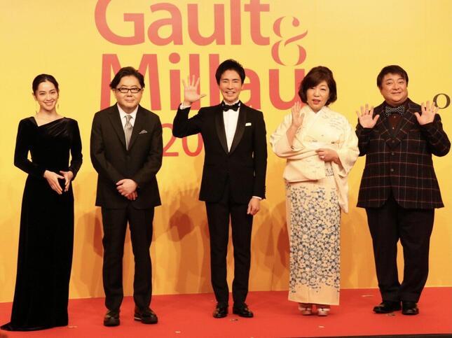 中村アンさん、秋元康さん、郷ひろみさん、林真理子さん、彦摩呂さん(左から、2021年2月15日撮影)