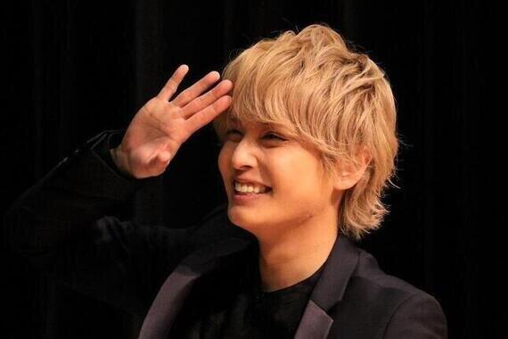手越祐也さん(2020年撮影)がモノマネ歌コラボを披露した。