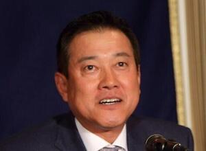 巨人・吉川尚輝「レギュラー剥奪危機」のなぜ 辛辣コメントの裏に透ける監督の期待