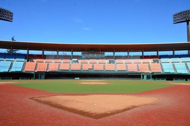 五輪の野球・ソフトボールが行われる福島市・県営あづま球場
