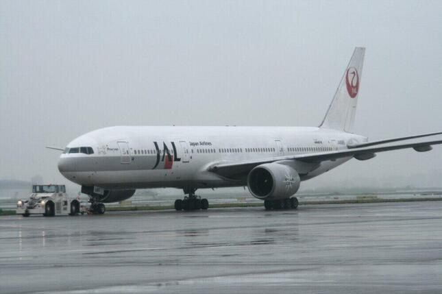 ボーイング777-200型機は1996年に登場。2008年までは旧「鶴丸」デザインで活躍した